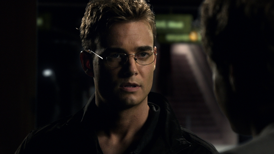 Robin Dunne as Dr. Will Zimmerman in Sanctuary. Photo by Jeff Weddell and copyright of The Sci Fi Channel