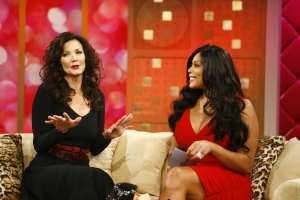 Wonder Woman, Lynda Carter chats with Wendy Williams on the July 21st episode of The Wendy Williams Show. Photo credit: Anders Krusberg/The Wendy Williams Show