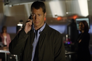 "Colin Ferguson as Sheriff Jack Carter in the Eureka episode ""Welcome Back Carter."" Photo by Marcell Williams and copyright of The Syfy Channel"
