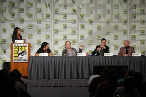 L-R - Legend of the Seeker executive producers Ken Biller and Ned Nalle along with Bruce Spence (Zedd) and author Terry Goodkind at Comic Con 2009