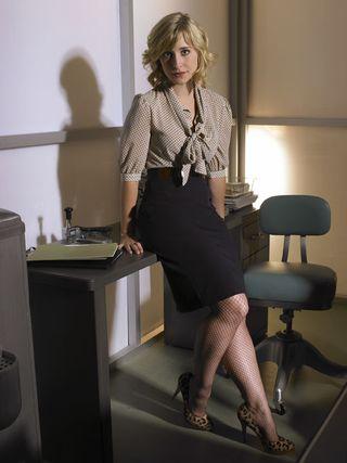 Chloe (Allison Mack) de Smallville es arrestada por tráfico sexual 6a01348361f24a970c0147e2f419bd970b-320wi