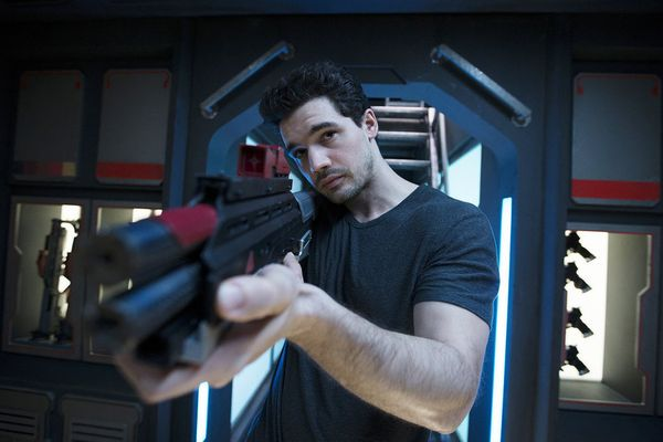 Steven Strait Profile: Interview With The Expanse's Steven